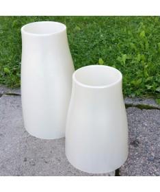 Vaza kapams aukštis 25,6 cm perlamutro sp.