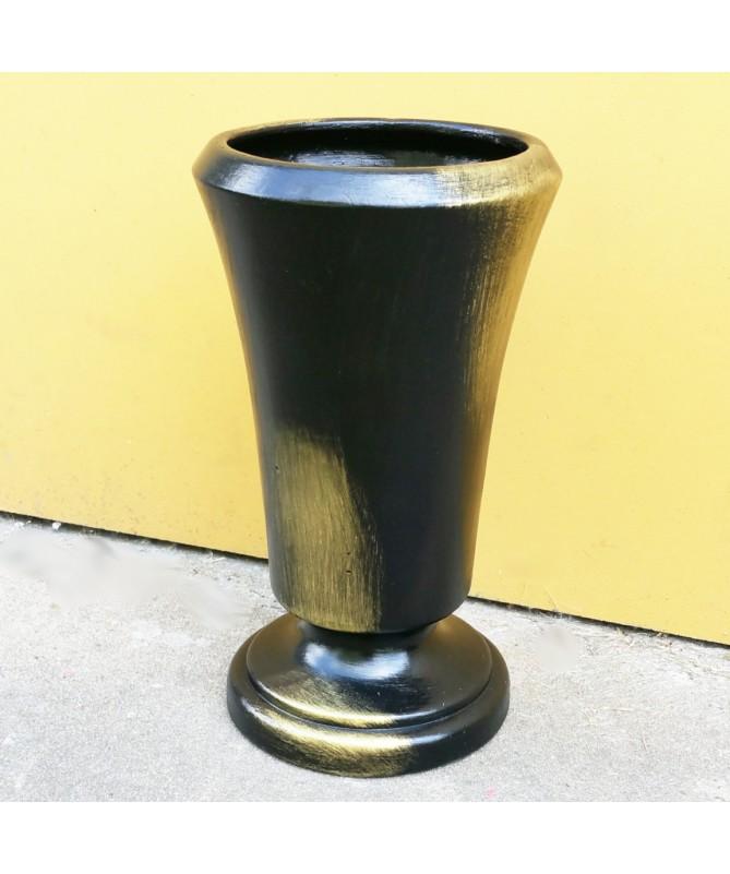 Keram. VAZA ant kojos 24 juoda su aukso spalvos dekoru